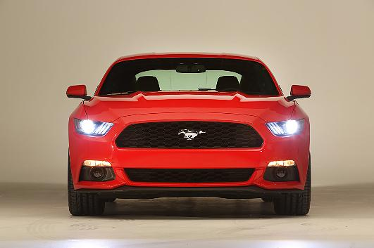 Ford-Mustang-2014-6-