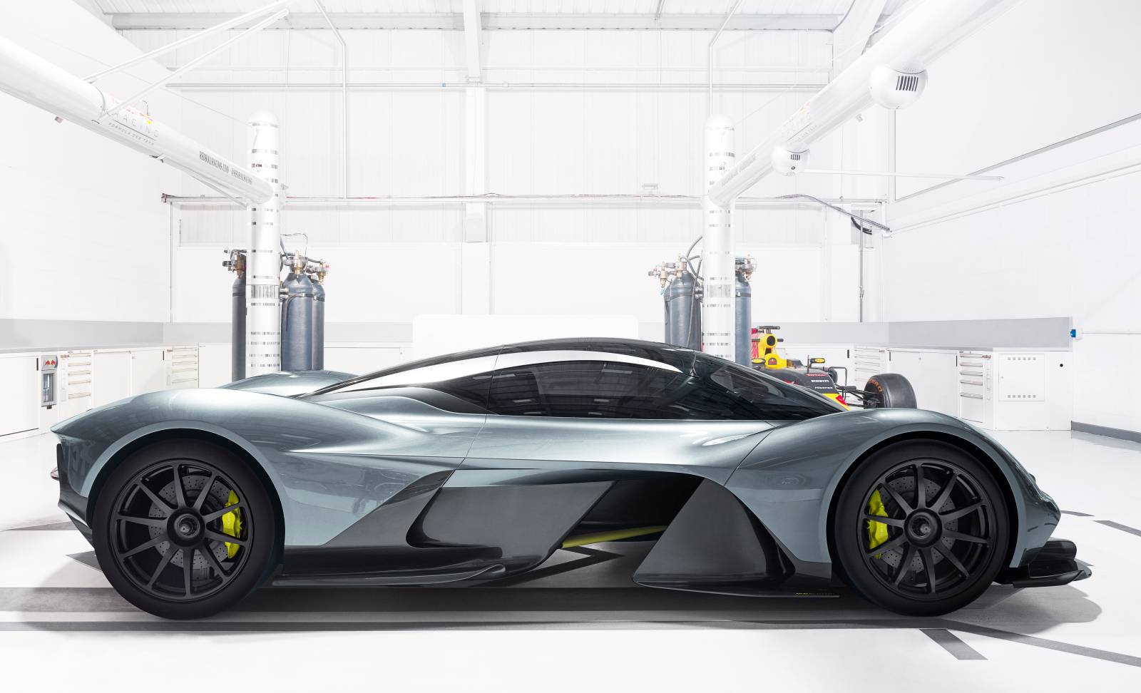 Weltpremiere Aston Martin Red Bull 010 AM-RB 001
